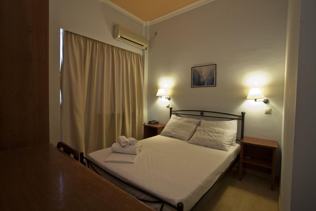 Grand Hotel Loutraki4