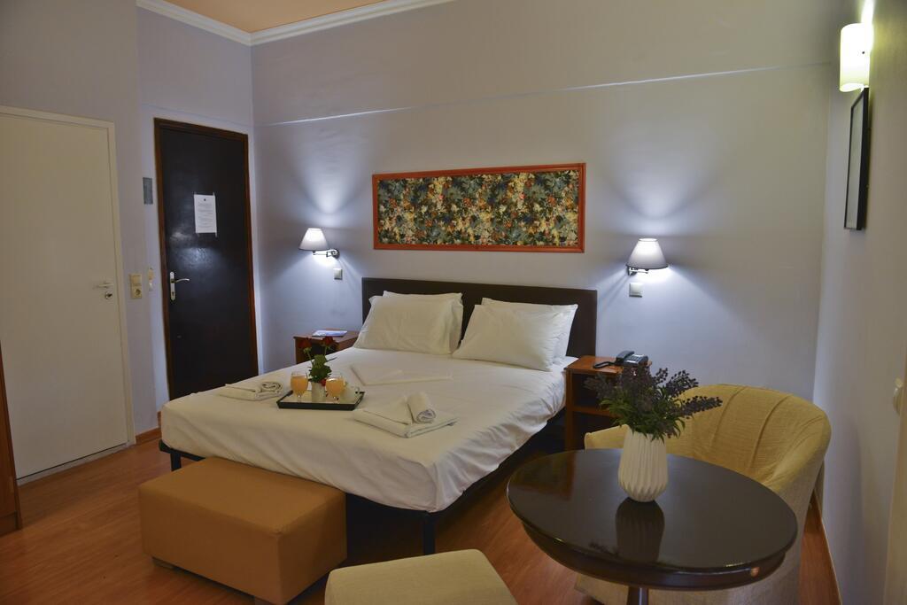 Grand Hotel Loutraki6